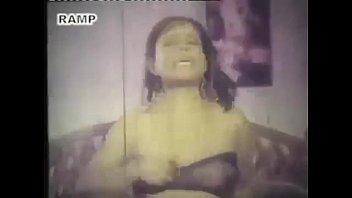 Very hot BANGLADESHI  film song -2 image