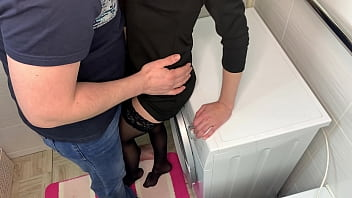 Fucked a stranger at a party with friends 10 min