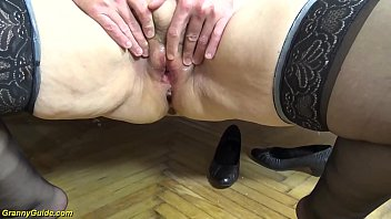 extreme ugly 79 years old mom first creampie