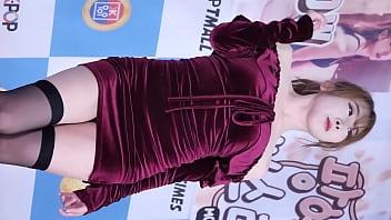 Dance big breast - 公众号91公社超性感韩国美女包臀裙黑丝户外走光热舞串烧