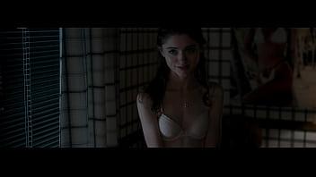 Natalia Dyer - Stranger Things - S01E02