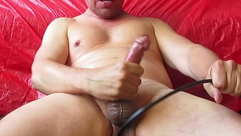 Gay buttplugs - Buttpluged-pumped cum