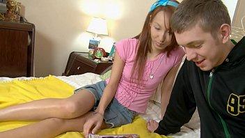 Horny Boyfriend Penetrates Her Anally!