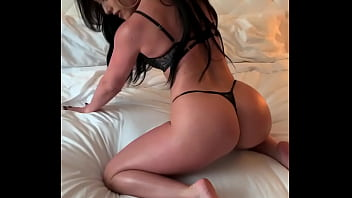 Hot brunette gave all 3 HOLES to a hung Hotel Concierge 5 min