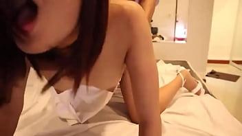 Thai girl loud moaning