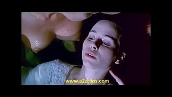 065 Elle MacPherson, Kate Fischer &amp_ Portia De Rossi &amp_ Tara Fitzgerald - Sirens (floating pond)