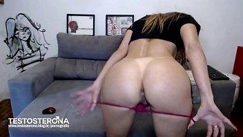 Anal amador com a Camgirl Lilly Manara pro Blog Testosterona