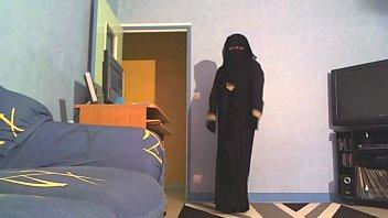 """sexy danse en niqab <span class=""""duration"""">5 min</span>"""