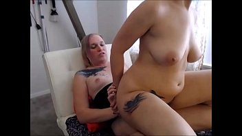 Chubby Teen Babe Having Sex with a Sheshaft