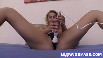 Naughty blonde plays with herself before deep pussy drilling