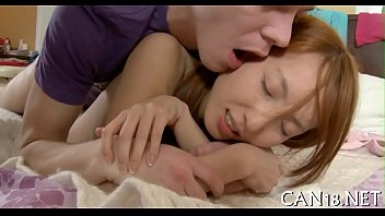 Porn legal age teenager missionary 5分钟