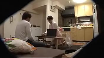 หนังโป๊เอวีออนไลน์ XXXข่มขืนแม่บ้านญี่ปุ่นแนวแอบถ่าย เย็ดเมียเพื่อนแก้เงี่ยนสักหน่อย จับซั่มกลางบ้านฉีกเสื้อเอาควยกระแทกรูหี เย็ดลึกแล้วมันส์เสียวหีมาก