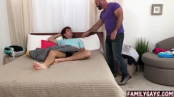 "Big gay stepdad catches son masturbating <span class=""duration"">7 min</span>"
