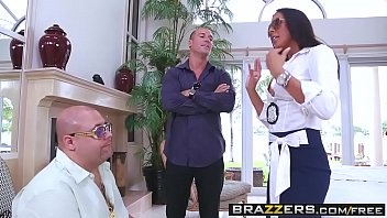 Brazzers - Dirty Masseur - (Rachel Starr) - Rachel Blows Off Some Steam Vorschaubild
