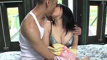 Uncensored pale Japanese AV star Airi Minami in bungalow