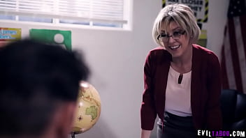 Watch an ultimate gangbang session with these horny unruly students as they take turns in fucking this MILF professor Dee Williams. 6 min