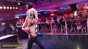 Live sex with woman - Live sex show with bat woman in benidorm