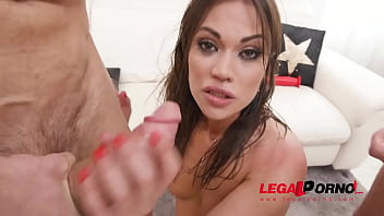 Alyssa Reece first time to Gonzo with hardcore double penetration SZ2593