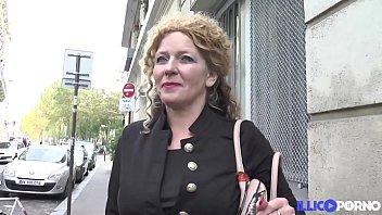 French anal mature Elisabeth vient se faire défoncer à la demande de son mari
