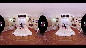 VRHUSH Siouxsie Q masturbating with a dildo in POV VR