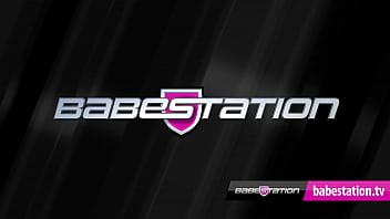 Babestation live show with blonde UK pornstar Barbie Sinns