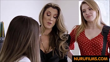 New masseuse gets lesbian-audited
