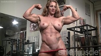 Naked Female Bodybuilder Sexy Red Headed Muscle 6分钟