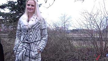 Blondie Missed Train & Accept Help From Stranger In Van Where Fucked Hard