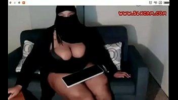 Hot arab bbw niqab
