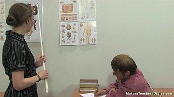 Russian mature teacher 12 - Elena (anathomy lesson) 19 min