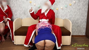 Streaming Video I made 3some with two Santa Clauses) New Year is the time of fulfillment of wishes. xSanyAny - XLXX.video