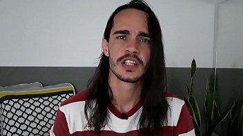 """CONTO ERÓTICO GAY  -  DANDO NO PROVADOR PARA O VENDEDOR  - Juan Calabares - NÃO EXPLICITO <span class=""""duration"""">10 min</span>"""