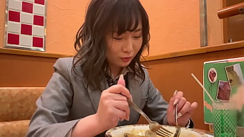 https://bit.ly/3f2asnc 日本天生的大斜纹女。她在游泳俱乐部。她穿着女装,赤裸裸地做爱。她剃光了的紧身衣太棒了。亚洲热门性感视频。 16分钟