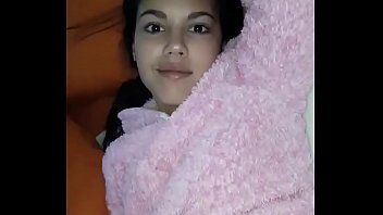 Linda paisa mostrando su cuerpo Medellin
