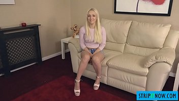 horny housemate makes you an striptease