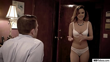 Real Estate Agent fucks for the purpose - Dillion Harper