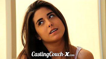 CastingCouch-X Florida beach chick wants cash for sex 12分钟