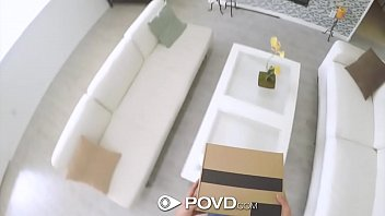 POVD Delivery man fucks and facials blonde Jade Amber thumbnail