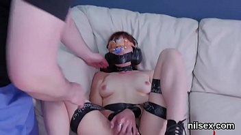 Kinky kitten is taken in anal hole assylum for awkward treatment