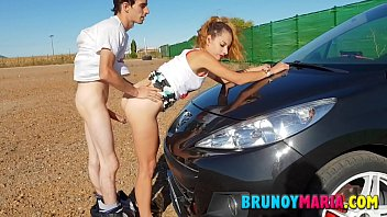 Teenagers of BrunoyMaria Fucking in Public with Creampie inside the Pussy