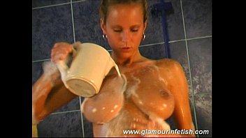 Glamorous babe with big tits