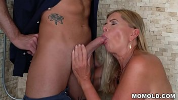 GILF Samantha Loses control near Young Stud
