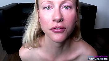 玛丽亚和你一起打飞机,用水泵抽她的屄 - 德国色情明星