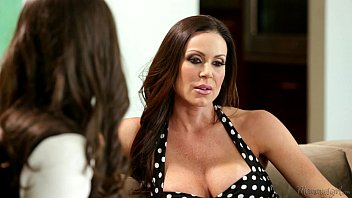 Busty MILF Kendra Lust and Casey Calvert Lesbian Fun