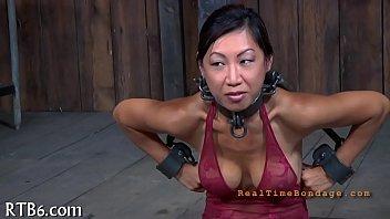 Sexy villein delights with oral sex 5分钟