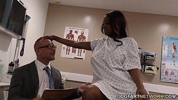 Pregnant ebony Kayla Ivy gets threesome fucked 12 min