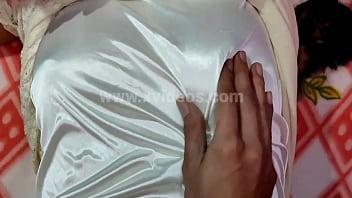 मामा की लड़की की चुदाई जयपुर में गांड में ज़बरदस्ती मत करो दर्द होता है