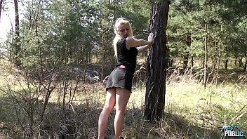 Blondie show all and let fake agent do what he wants in public 27 min
