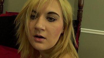 Bir duvara karşı Masturbasyon Fifi Foxx türkçe altyazı porno video