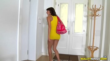 Realitykings - Mikes Apartment - Sucking On Suzy